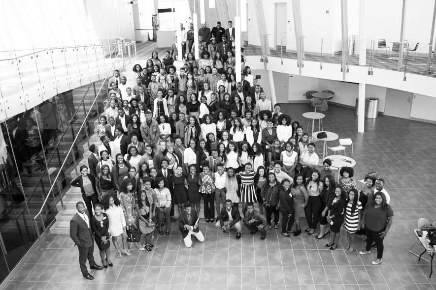 Attendees and presenters pose for a group photo at the Midwest African Student Organization Conference. Photo courtesy of Edzordzi Agbozo