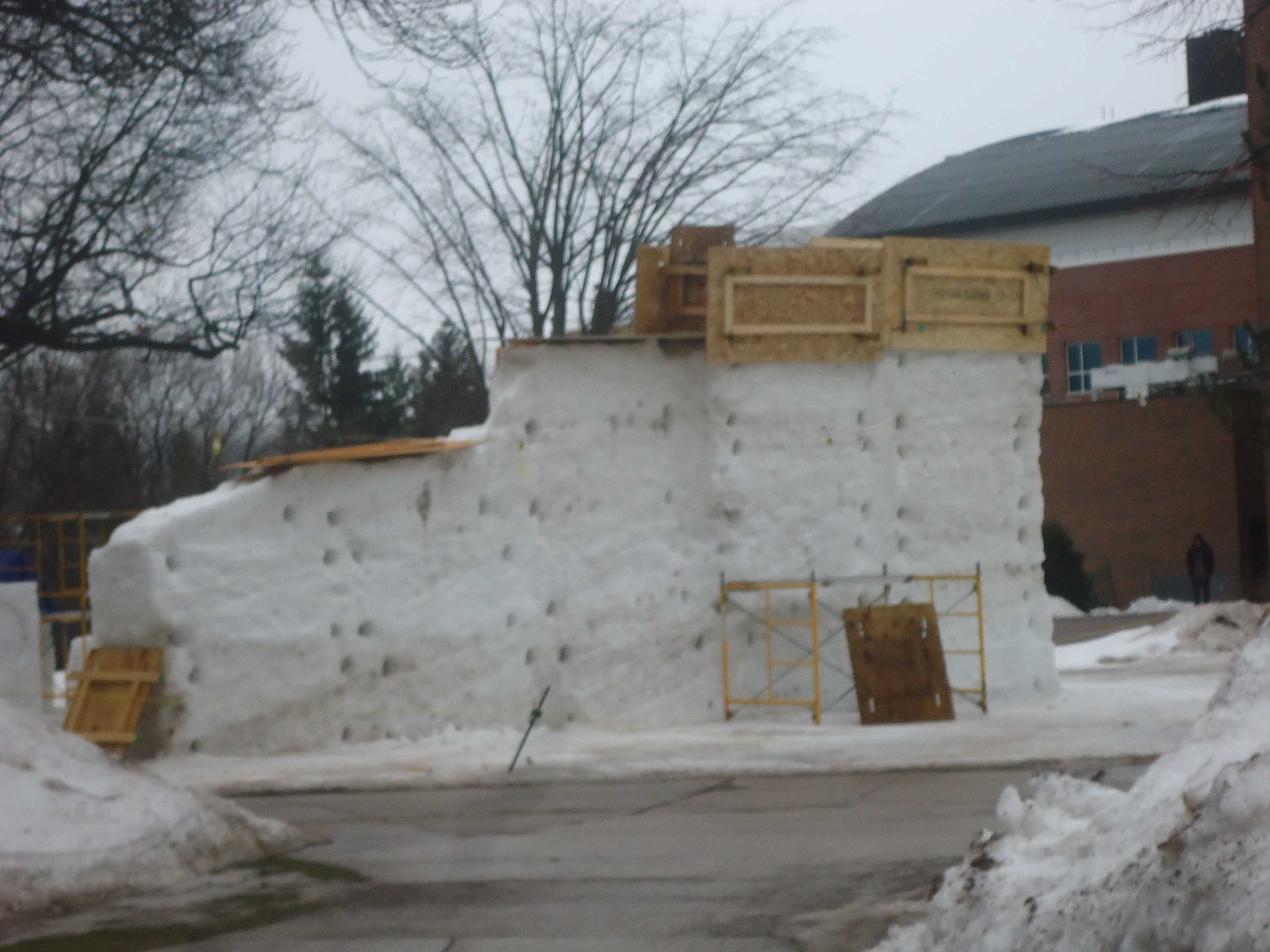Warm weather causes damage to snow statues