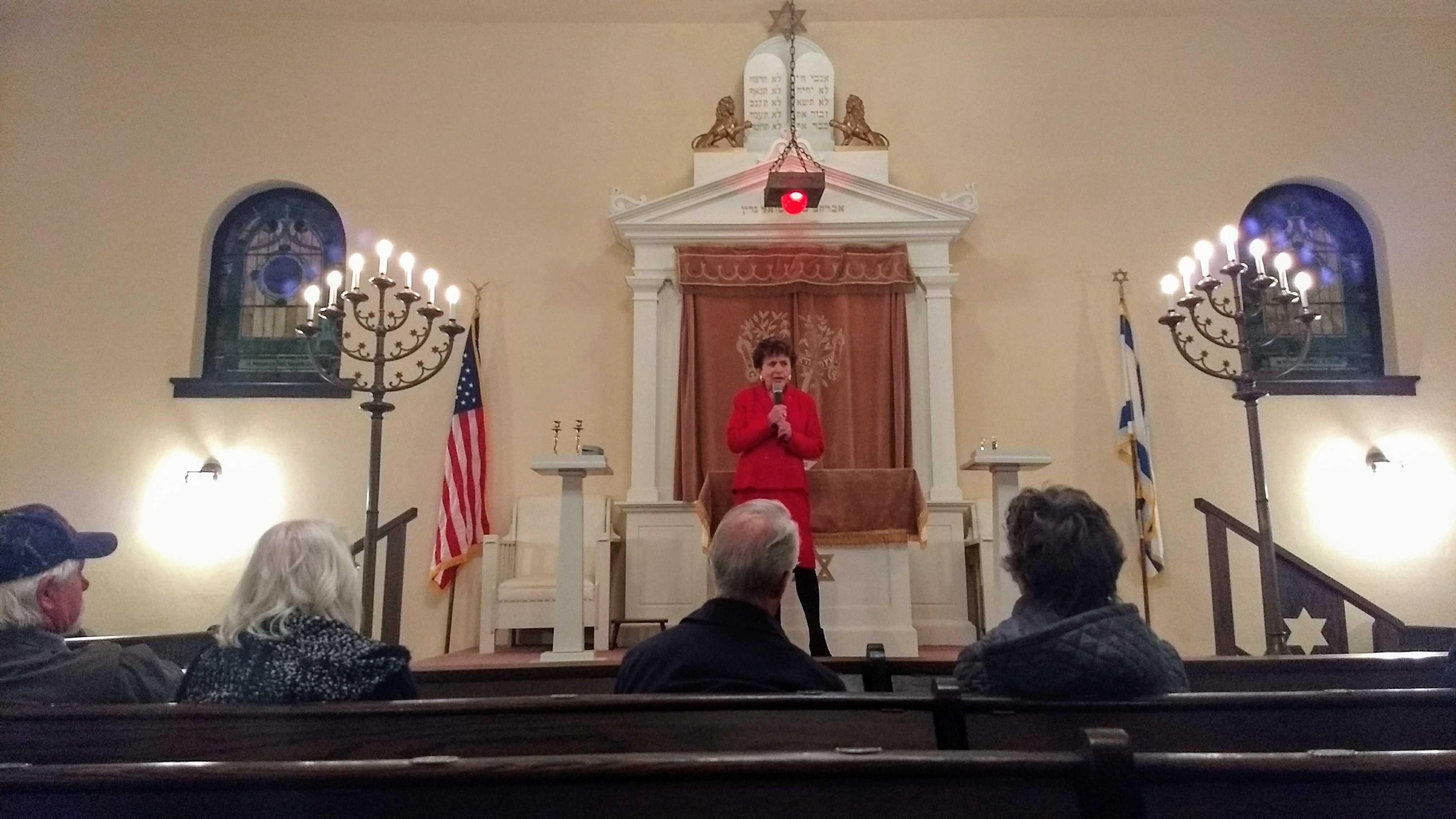 Holocaust survivor speaks at Hancock synagogue