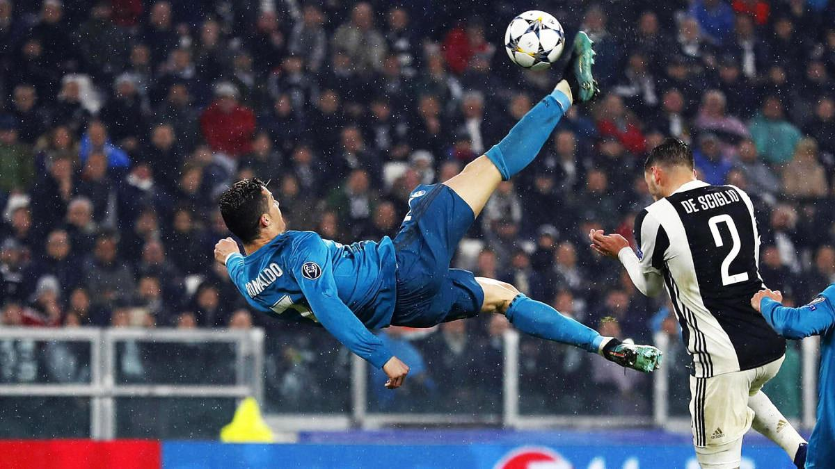 Cristiano Ronaldo kicks the ball Tuesday against Juventus.