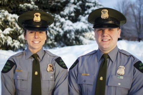 DNR officers rescue stranded snowmobilers