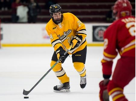 Swoyer named WCHA Defenseman of the week