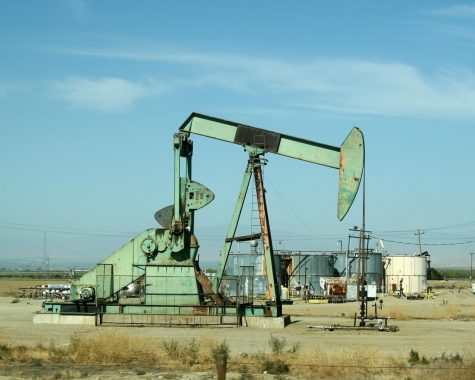 Local Action Group Publishes Petition for MTU Fossil Fuel Divestment