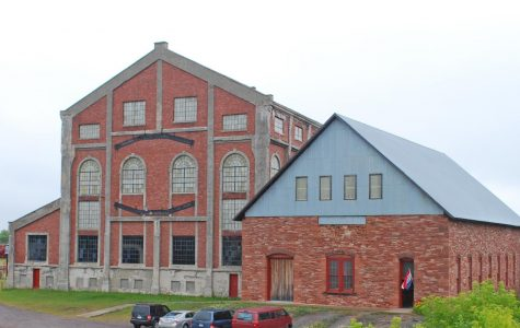 The Quincy Mine Hoist now offers different events and tours that allow visitors to immerse themselves in local copper mining history, such as the Music in the Mine event.